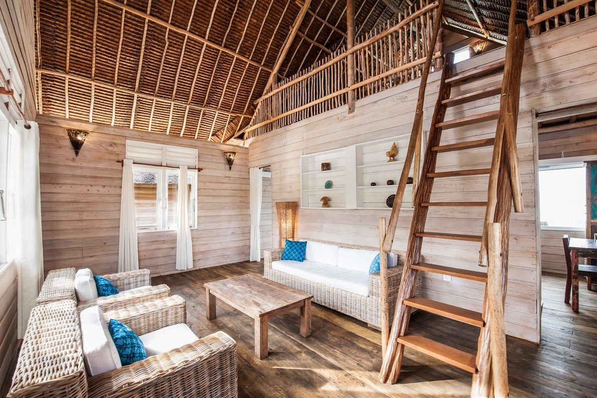 telunas living room from stairs dsc_6855_44766084845_o