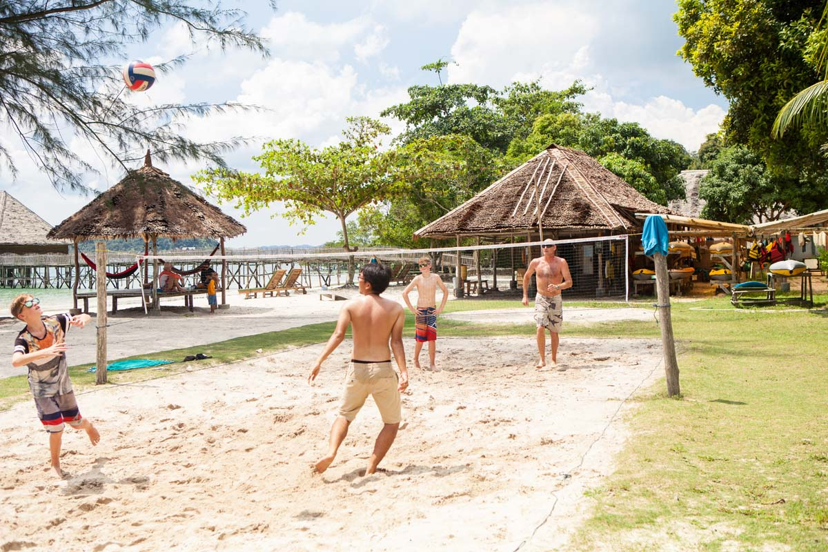 volleyball telunas-beach-resort-activities_28994860727_o