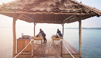 massage telunas-private-island-spa_43212288304_o