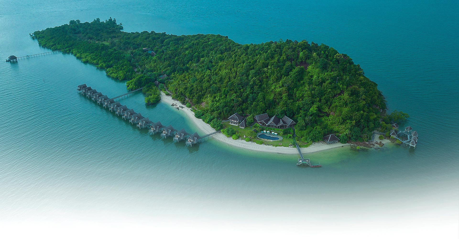 Telunas Resort near Singapore Private Island resize